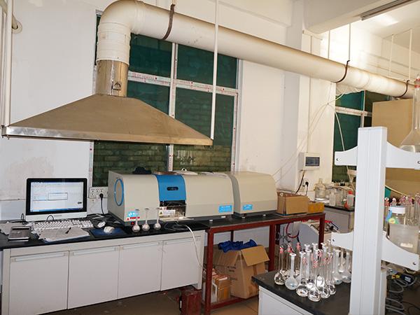 联开金属化验室