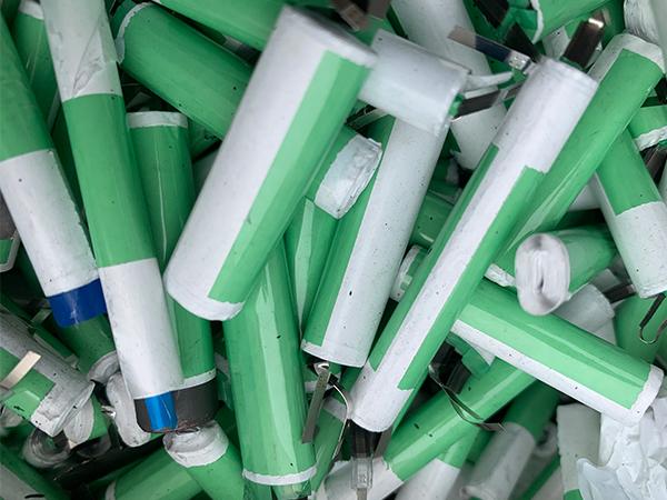 大量回收锂电池 现金上门回收锂电池