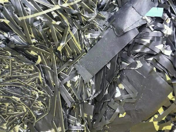 收购废旧各种正负极片 三元材料正极片回收