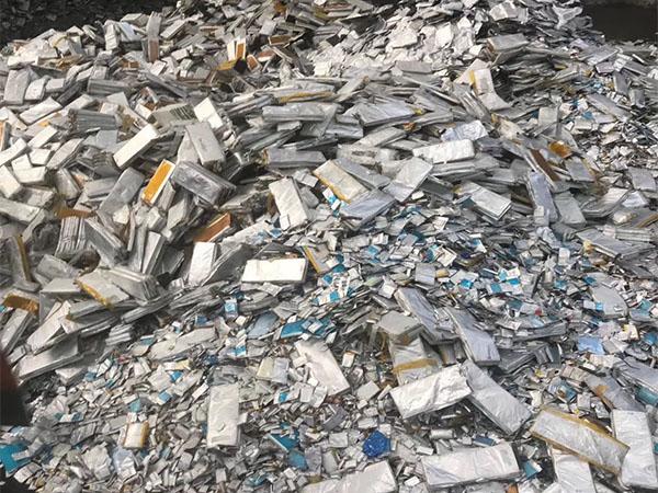 大量回收锂电池废料
