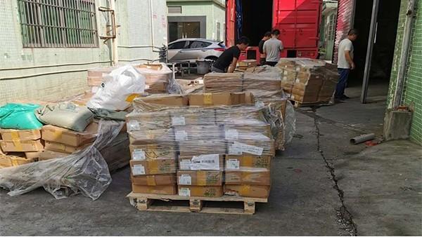 8月21日东莞回收废电阻8吨现场